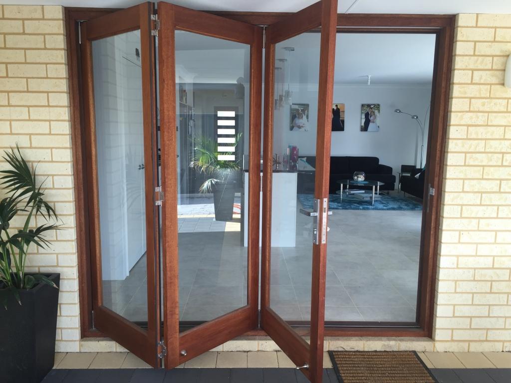 3 Door