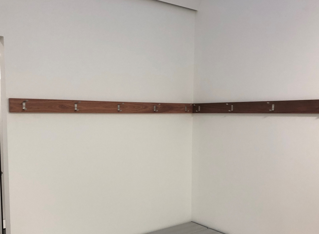 coat hook rail1
